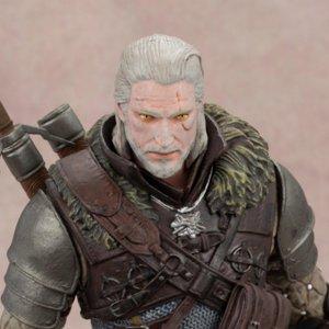 The Witcher 3: Wild Hunt: Geralt Grandmaster Ursine Figure